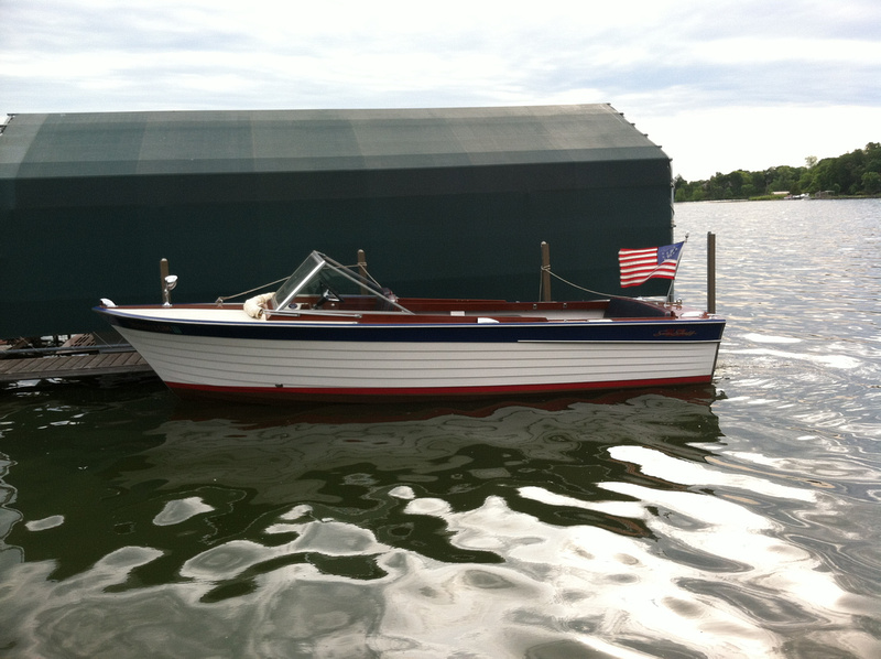 Freedom Boat Service 1965 Chris Craft 22 Sea Skiff