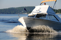 4. 1966 27' Chris-Craft Sportfish Commander